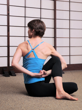 how to do bound half lord of the fishes pose in yoga