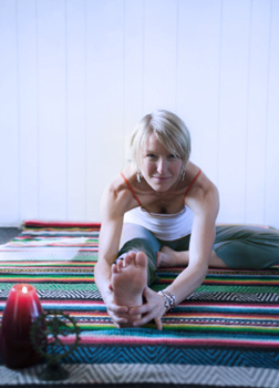how to do headofknee pose in yoga